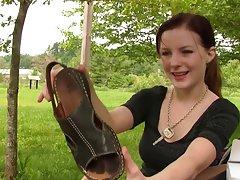 맨디 샌들 shoeplay 맨발로 발