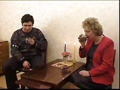 이상한 장면 러시아 Mature x 방 boy