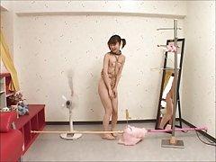 스키니는 일본 여자는 자기에게 속박 당하