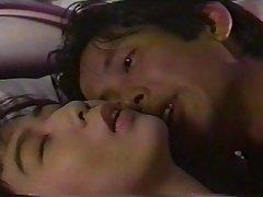 을 꿈꾸는 다른 사람에 있는 일본침대 1 개