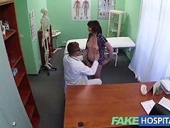 fakehospital 의사 환자 우울증 구강을 통해 해결