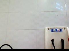 공공 화장실 slave