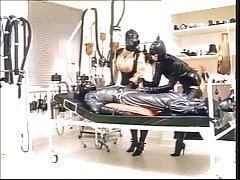 Gummiklinik Frau Dr monteil tei l3