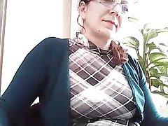 CH'Horny48 엄마는 그녀의 가슴을 내 우등