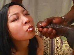 아시아 소녀 잠자리-고급 침구 및 암막 커