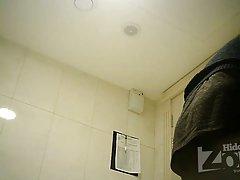 숨겨진된 카메라 화장실, 면도 음부와 항문 근접 촬영