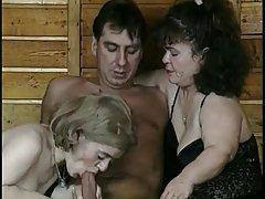 두 아랍 sex midgets a Threesome