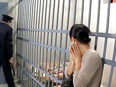 프랑스 산드라 감옥에 좆