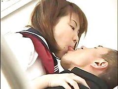 Tall 일본 여 kiss dwarf 편집