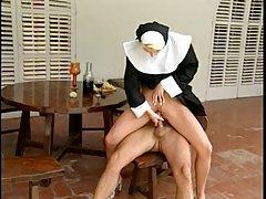 라 confraternita-nuns(camaster)