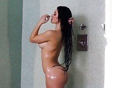 stephine와 샤워